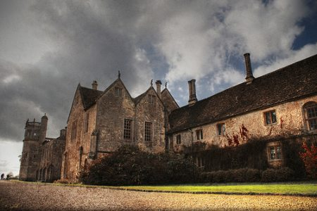 lacock abbey wiltshire