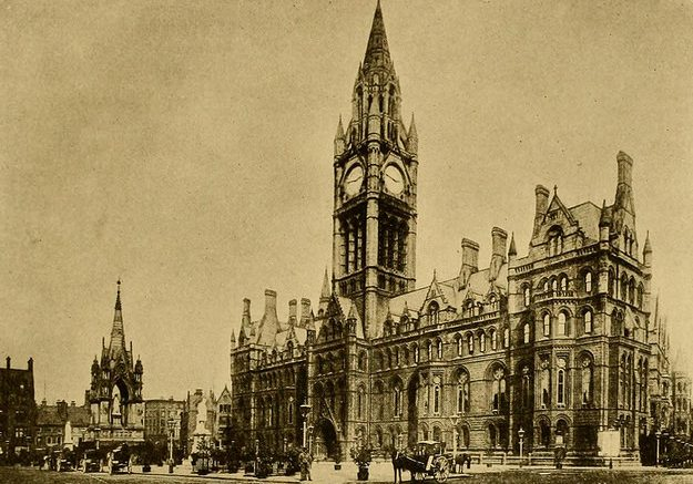 manchester town hall c.1920