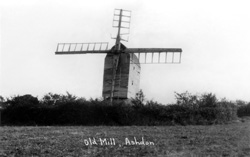 Ashdon Windmill © Copyright Footstepsphotos 2006. http://www.footstepsphotos.co.uk/index.html