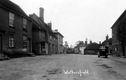 Wethersfield © Copyright Footstepsphotos 2006. http://www.footstepsphotos.co.uk/index.html
