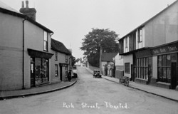 Park Street, Thaxted © Copyright Footstepsphotos 2006. http://www.footstepsphotos.co.uk/index.html